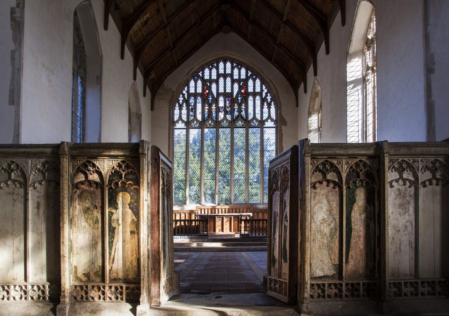 the chancel and chancel screen of Salle church.